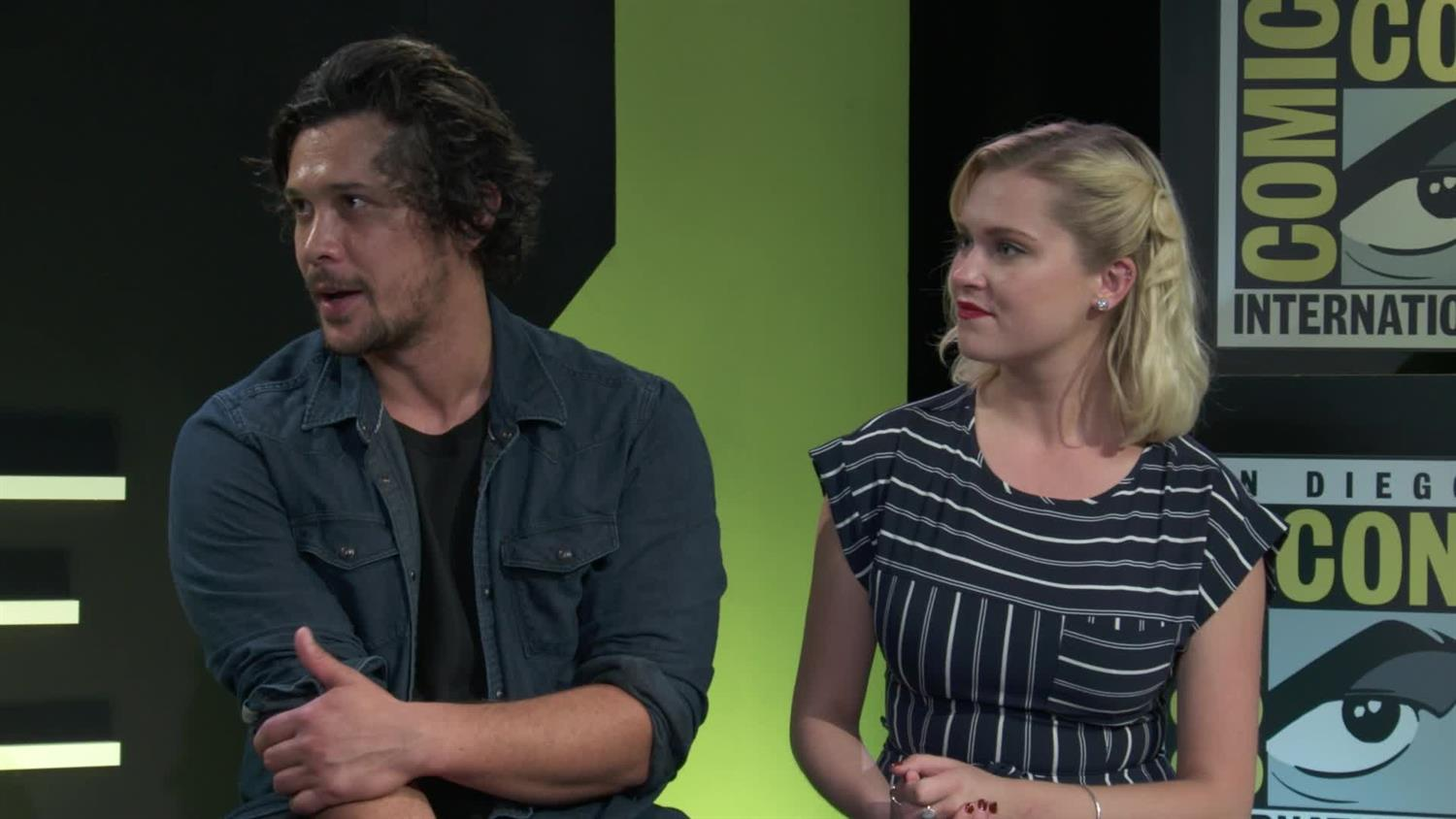 The 100's Eliza Taylor and Bob Morley | SYFY WIRE